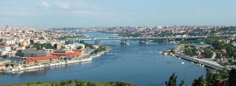 Suggestivo panorama di Haliç, Il famoso Corno d'Oro