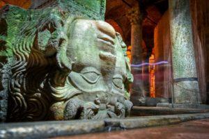 Una delle teste di Medea della Cisterna Basilica