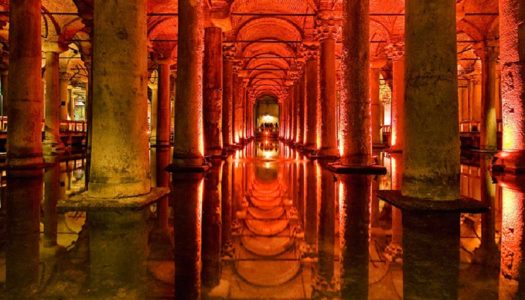Riscoprire Istanbul: una città da fiaba tra cisterne sotterranee, mura colossali e torri